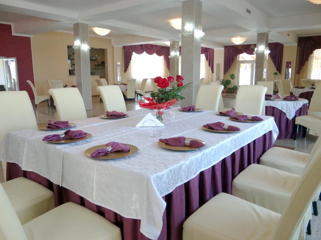 Restaurant - Lacul lui Pintea 02