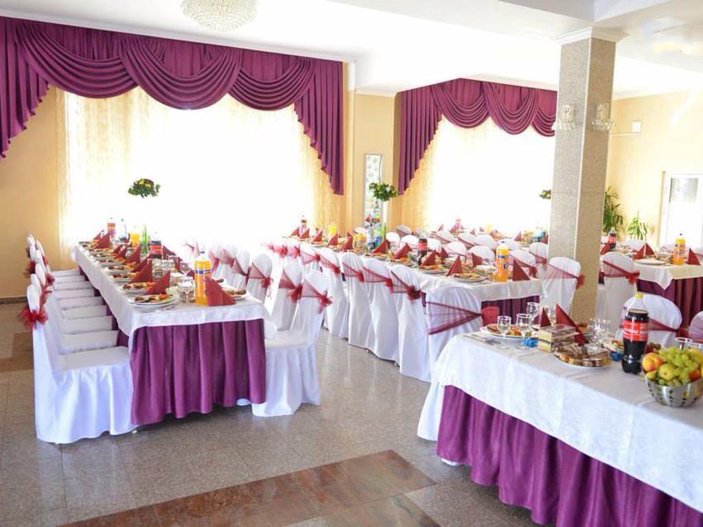 Restaurant - Lacul lui Pintea 03