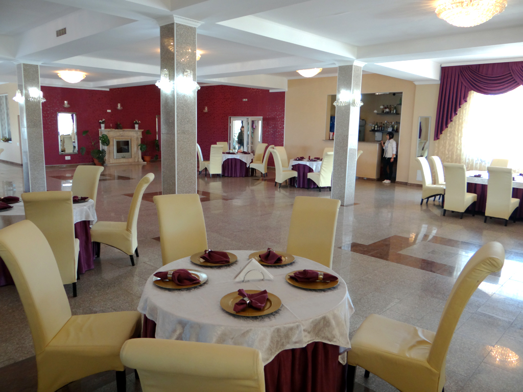 Restaurant - Lacul lui Pintea 09