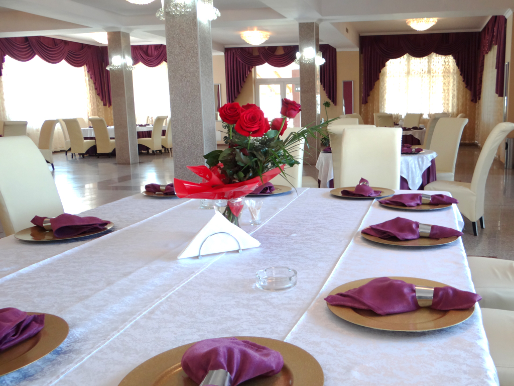 Restaurant - Lacul lui Pintea 20